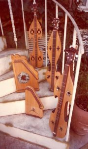 dulcimers on stairs